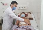 Bác sĩ chạy đua với tử thần cứu sống người đàn ông bị đâm thủng tim