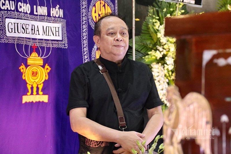 Lý Hùng, Lý Hương òa khóc đau xót trong tang lễ của NSND Lý Huỳnh