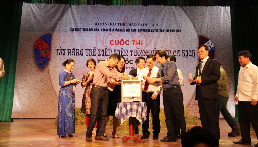 44 diễn viên tham gia tài năng trẻ diễn viên Tuồng và Dân ca kịch