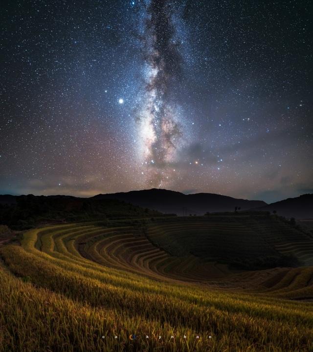 Ngắm dải ngân hà đẹp như phim ở Mù Cang Chải