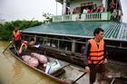 Nhiều nước thăm hỏi tình hình lũ lụt ở Việt Nam