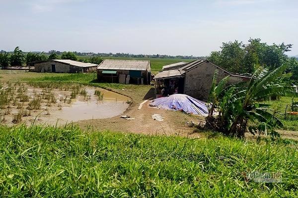 Dân nghèo Hà Tĩnh trắng tay sau cơn 'đại hồng thủy'
