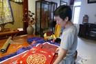 Nghệ nhân 'may 2 chiếc áo, đủ ăn cả năm' ở làng nghề Hà Nội