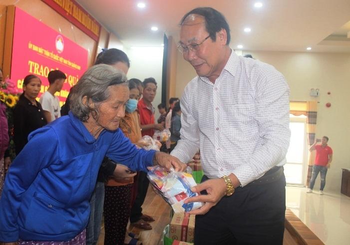 Đà Nẵng, Quảng Nam, Quảng Ngãi tiếp nhận ủng hộ người dân vùng lũ gần 35 tỷ