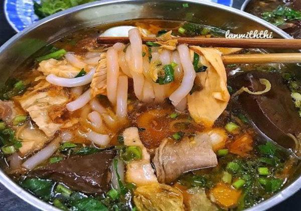Gia Lai-style rice noodle soup