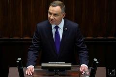 Tổng thống Ba Lan mắc Covid-19