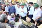 Thủ tướng: Tuyệt đối không được để người dân chịu cảnh đói rét sau lũ