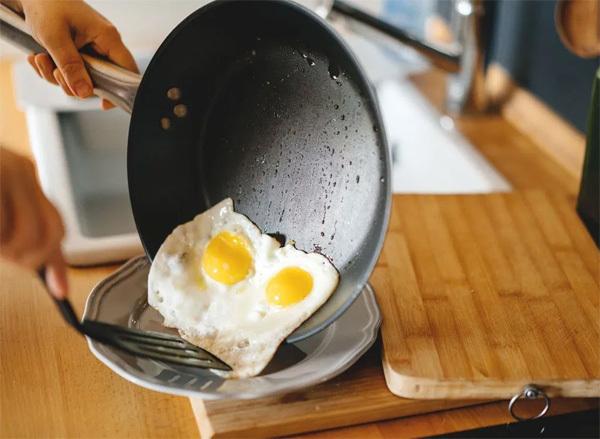 Điều gì xảy ra với cơ thể khi bạn ăn trứng thường xuyên
