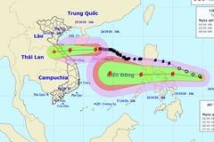 Bão chồng bão 'đe dọa' hướng vào miền Trung