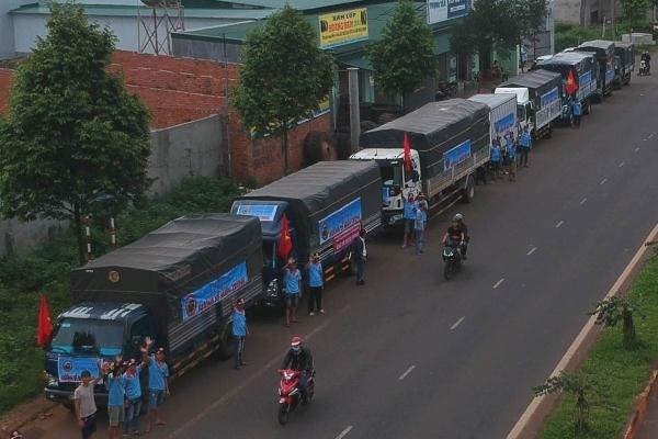 Đắk Lắk ủng hộ đồng bào miền Trung bị bão lũ gần 1,3 tỷ đồng