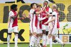 Ajax hủy diệt đối thủ bằng tỷ số không thể tin nổi 13-0