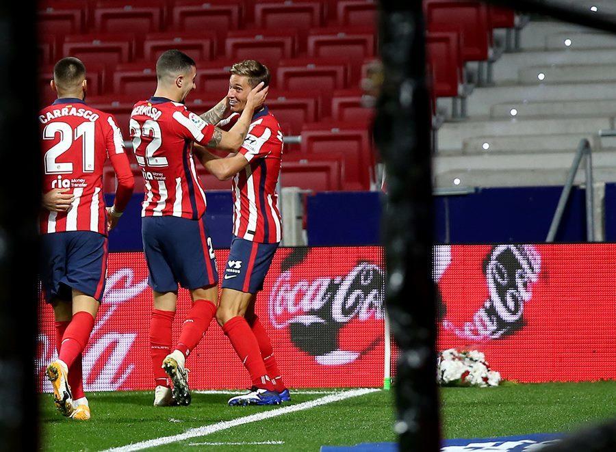 Suarez lập công, Atletico Madrid tìm lại nụ cười