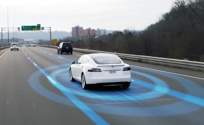 Tesla tăng giá hệ thống tự lái hoàn toàn trên ô tô điện