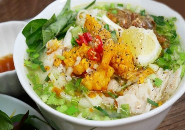 Delicious fish noodle soup in Kien Giang