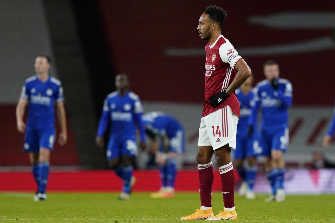 Vardy lập đại công, Leicester xuất sắc hạ gục Arsenal