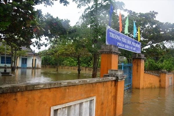 Đà Nẵng, Quảng Nam cho học sinh nghỉ học tránh bão số 9 - tin bão