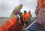 Nhiều tỉnh miền Trung phát công điện khẩn ứng phó bão số 9