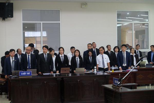 Nước mắt trong phiên tòa xét xử vụ Trần Bắc Hà