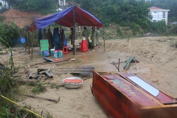 Quảng Bình rút ngắn thời gian Đại hội Đảng bộ tỉnh để khắc phục hậu quả lũ lụt