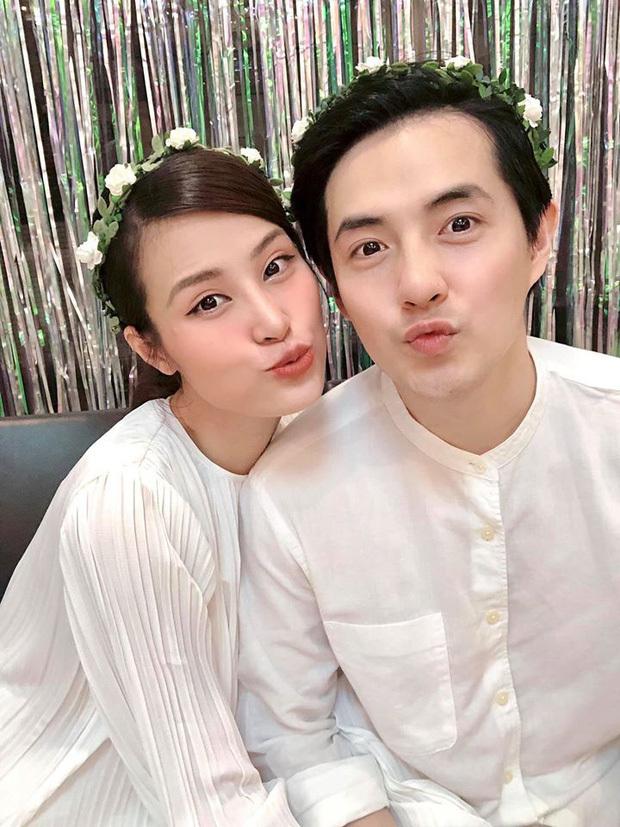 Vợ chồng Đông Nhi hạnh phúc đón con gái đầu lòng