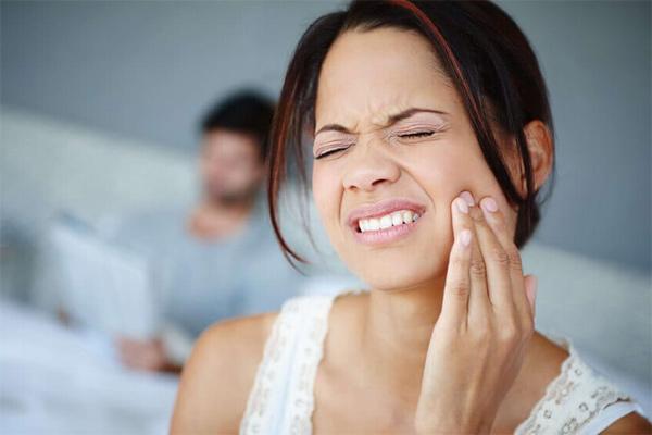 Tại sao đau răng lại cảnh báo cơn đau tim?