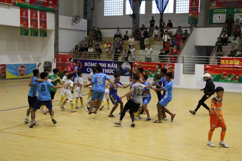 Giải bóng đá Nhi đồng toàn quốc: Xác định 4 đội vào bán kết