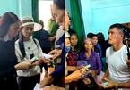 Thủy Tiên, Công Vinh mang tiền ra miền Trung cứu trợ lần 2