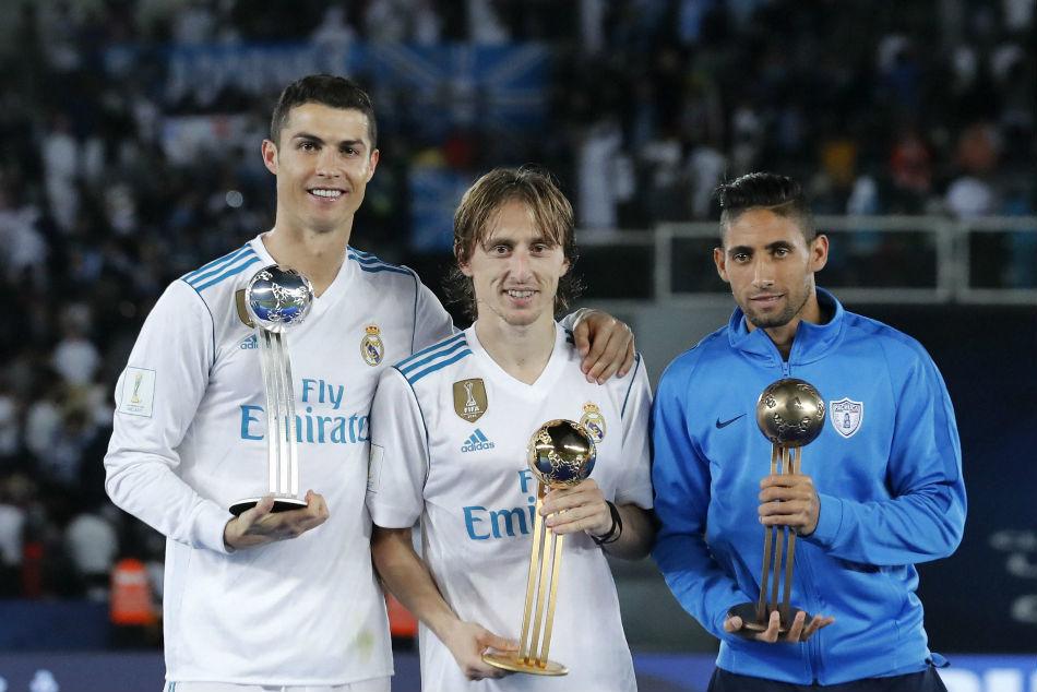 MU nhận tin tốt đấu Leipzig, Modric nói thật Ronaldo