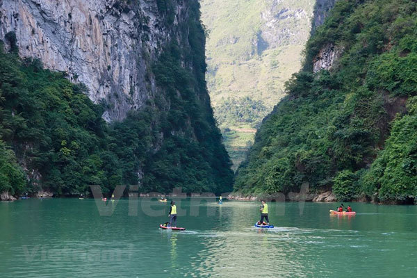 Ha Giang,conquer Tu San canyon