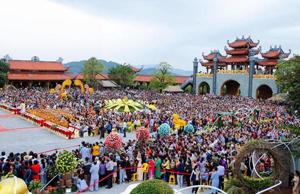 Lễ hội Hoa cúc chùa Ba Vàng 2020 hướng đến đồng bào miền Trung