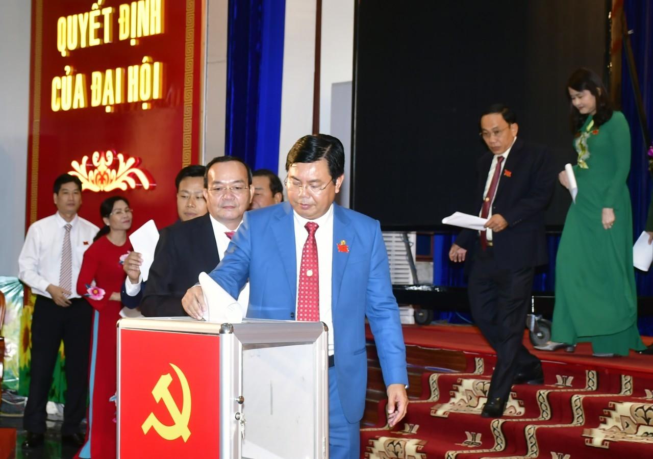 Cà Mau công bố kết quả nhân sự Đại hội Đảng bộ khóa XVI