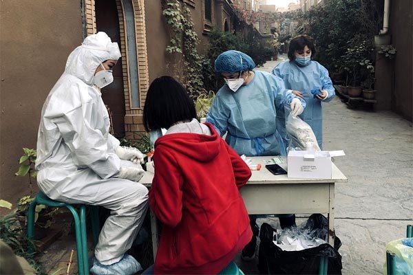 Trung Quốc tăng kỷ lục số ca mắc Covid-19 sau 2 tháng