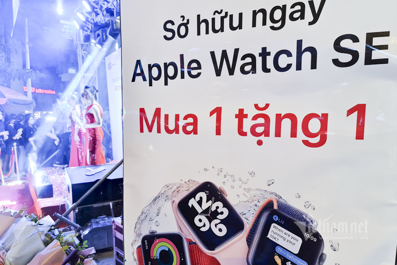 Apple Watch Series 6 shock discount, buy 1 get 1 free on sale