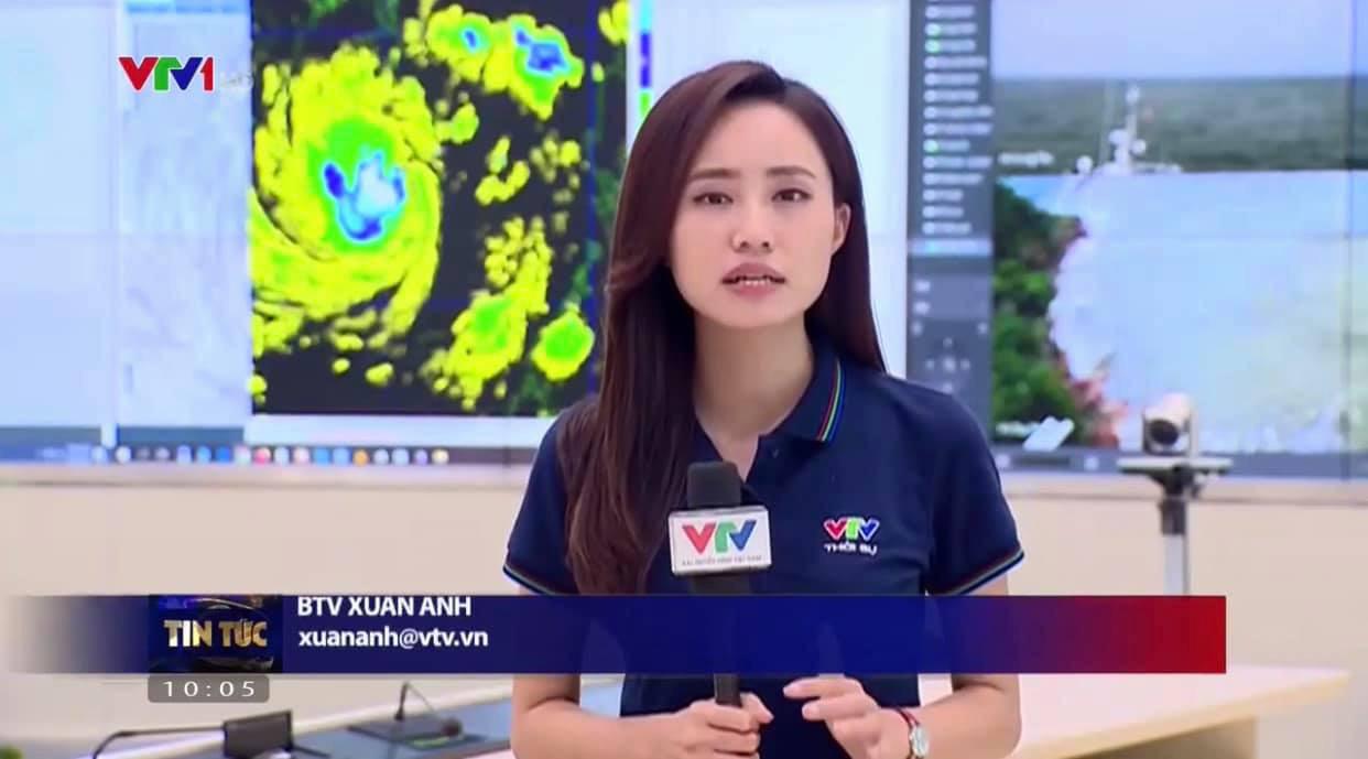 BTV thời tiết Xuân Anh kể 30 lần lên sóng trong 2 ngày dẫn bão số 9