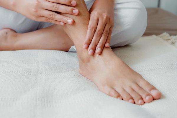 Nhìn bàn chân biết huyết áp của bạn có vấn đề hay không