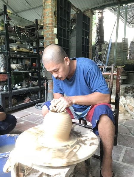Breathing life into fading Muong culture
