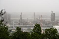 Các đơn vị thuộc PVN sẵn sàng sản xuất trở lại sau bão số 9