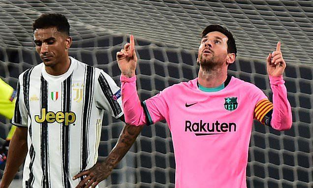 Hàng dạt Man City độn thổ với MU, Barca nhạo Ronaldo