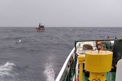 Vụ 26 ngư dân mất tích: Tàu hàng nước ngoài cứu được 3 người