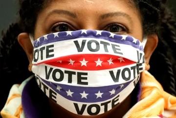 Dịch Covid-19 làm thay đổi cuộc bầu cử tổng thống Mỹ như thế nào?