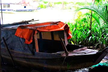 Người đàn ông bỏ nhà Sài Gòn ra sống gầm cầu: Ở đây sướng hơn phòng máy lạnh