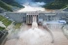 """Hai Thứ trưởng nói về yếu tố """"nhân tai"""" trong lũ lụt lịch sử miền Trung"""