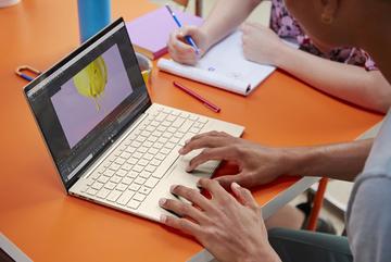 HP Envy 13 mạnh mẽ hơn với bộ vi xử lý Intel Tiger Lake