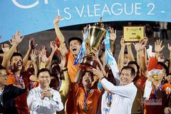"""""""Chảo lửa"""" Quy Nhơn bùng nổ khi Bình Định trở lại V-League"""