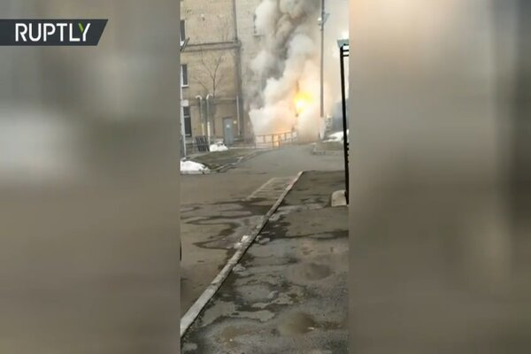 Nổ kho chứa bình oxy, bệnh viện Covid-19 ở Nga gặp hỏa hoạn