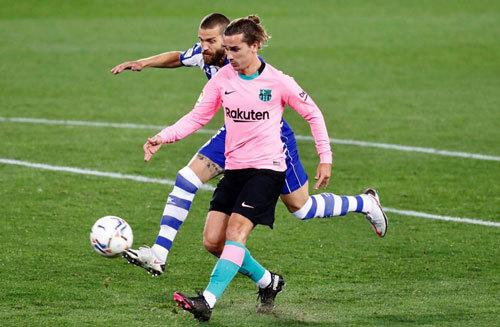 Chơi hơn người, Barca thoát thua nhờ Griezmann