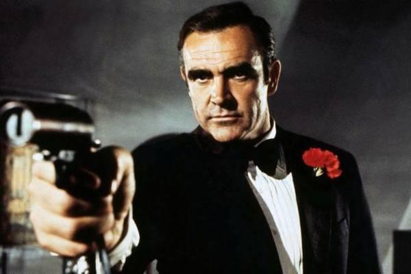 Dàn sao Hollywood tiếc thương huyền thoại 007 Sean Connery qua đời