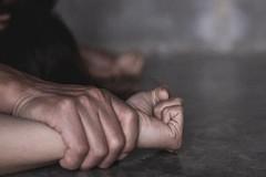 Bắt khẩn cấp thầy giáo ở Bình Dương hiếp dâm nữ sinh 12 tuổi