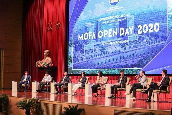 Lần đầu tiên Bộ Ngoại giao giới thiệu tuyển dụng với hình thức mở