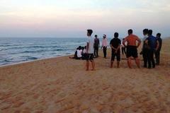 Phát hiện 2 thi thể dạt vào bờ biển ở Quảng Trị